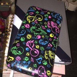 Hot Topic wallet